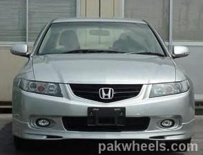 Honda Accord - 2005