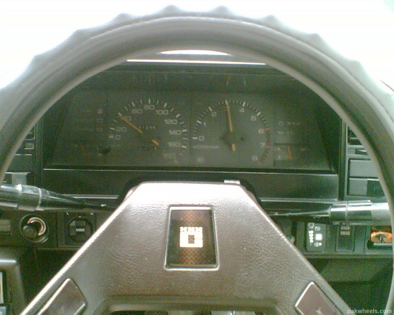 Toyota Corolla - 1986 zeeshan  Image-1