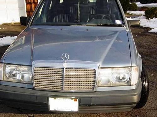 Mercedes Benz E Class - 1987 Benz300 Image-1