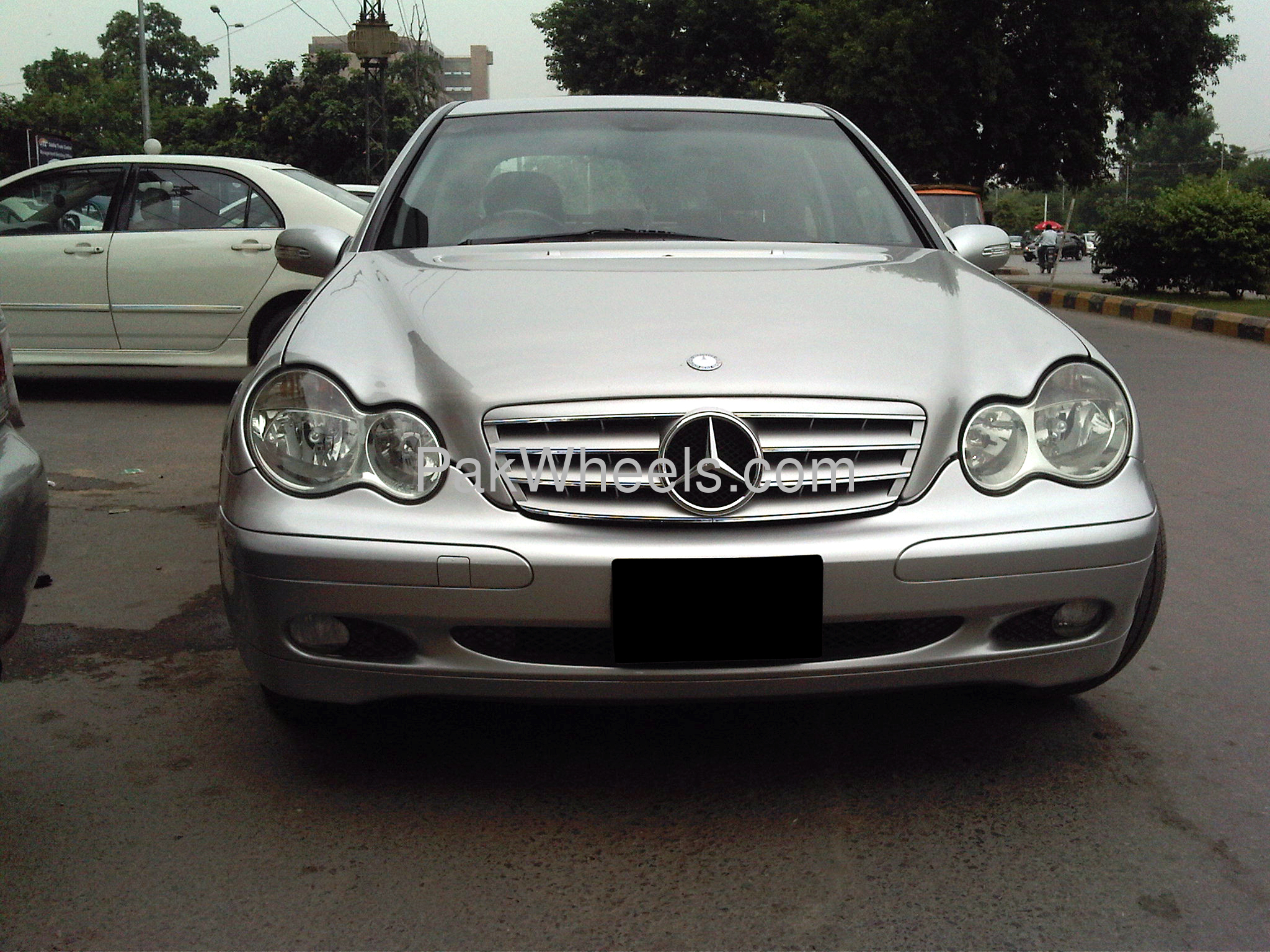 mercedes benz c class c180 kompressor 2001 for sale in lahore pakwheels. Black Bedroom Furniture Sets. Home Design Ideas