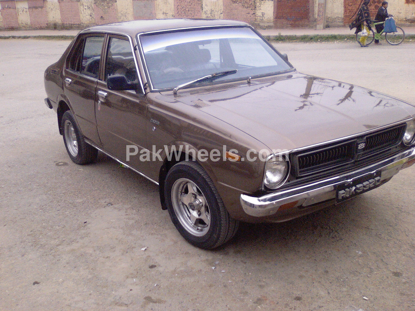 toyota corolla 2 0d 1976 for sale in islamabad pakwheels. Black Bedroom Furniture Sets. Home Design Ideas
