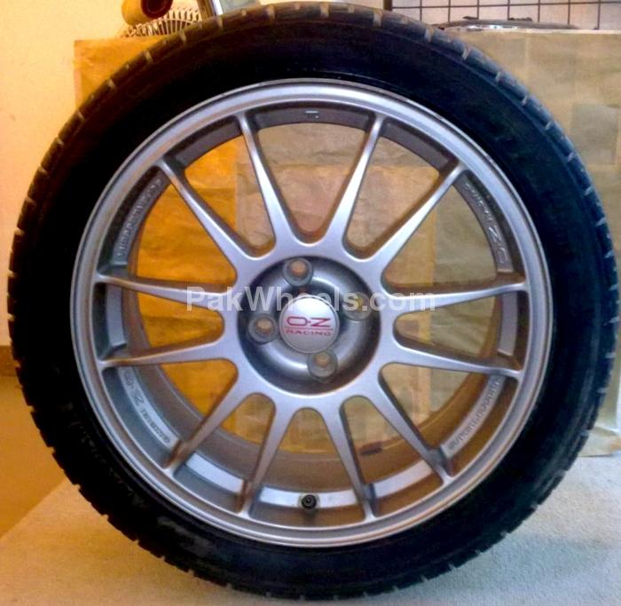 "Racing 17"" Alloy Rims - 420081"