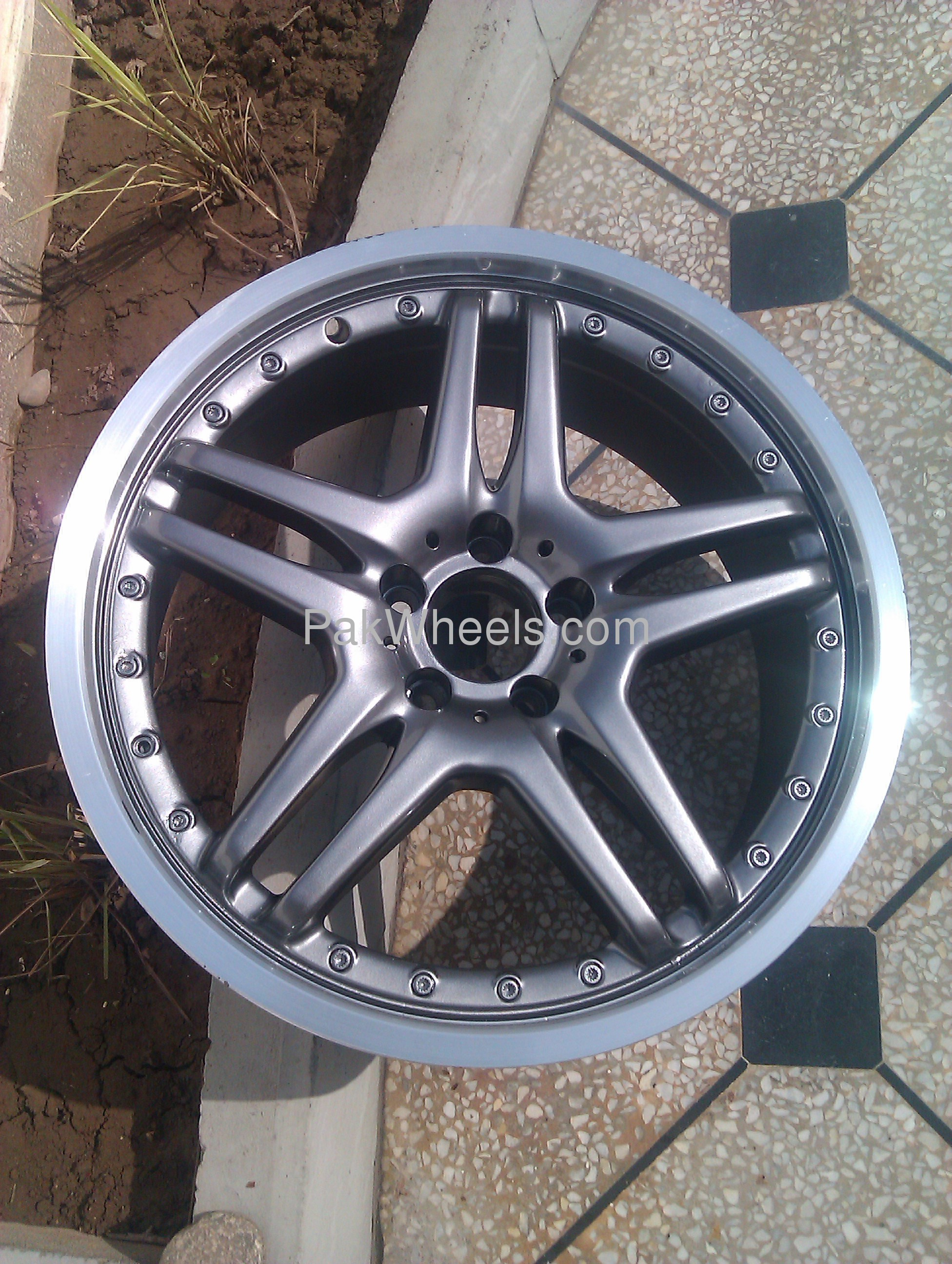 rims for sale 19 mercedes amg rim for sale in islamabad parts accessories pakwheels. Black Bedroom Furniture Sets. Home Design Ideas