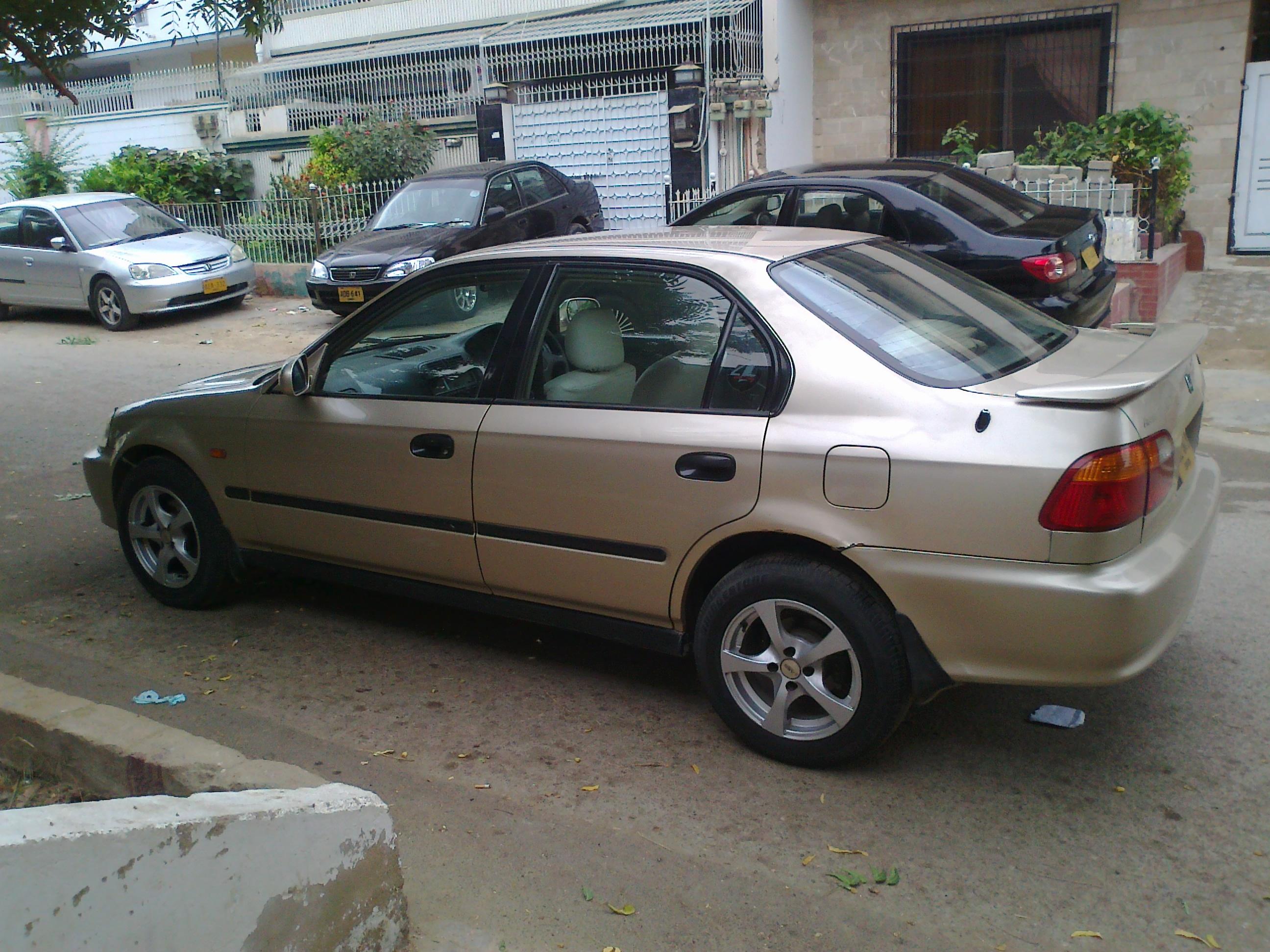 Honda Civic - 1999 Vti Automatic Image-1