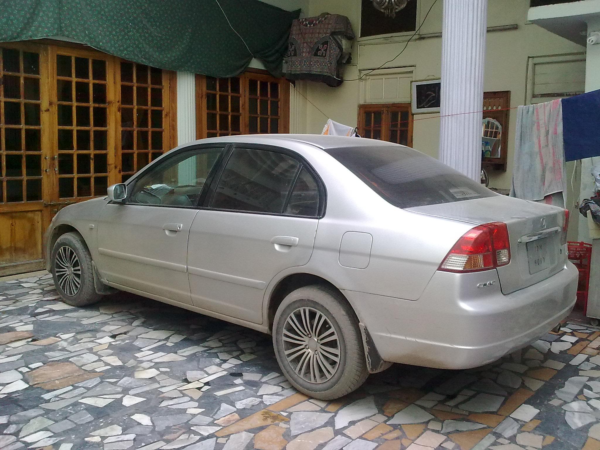 Honda Civic 2005 Vti Image 1