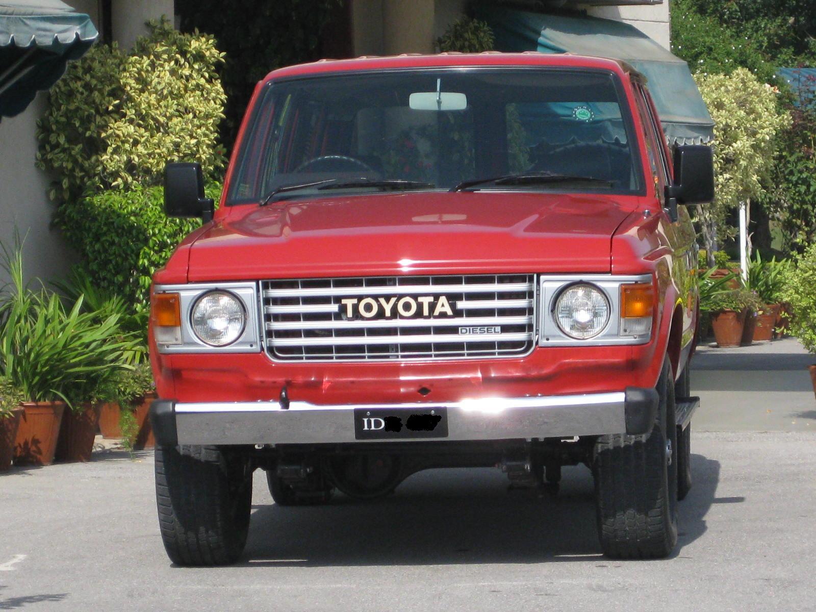 Toyota Land Cruiser - 1986 4x4 Image-1