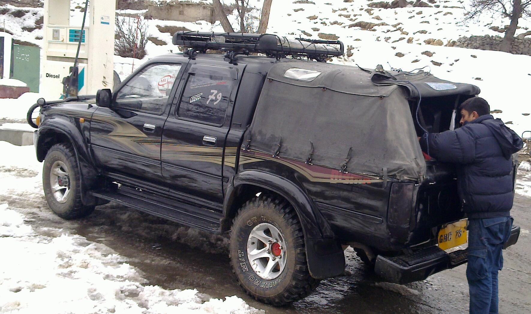 Toyota Hilux - 1992 mountainfreak Image-1
