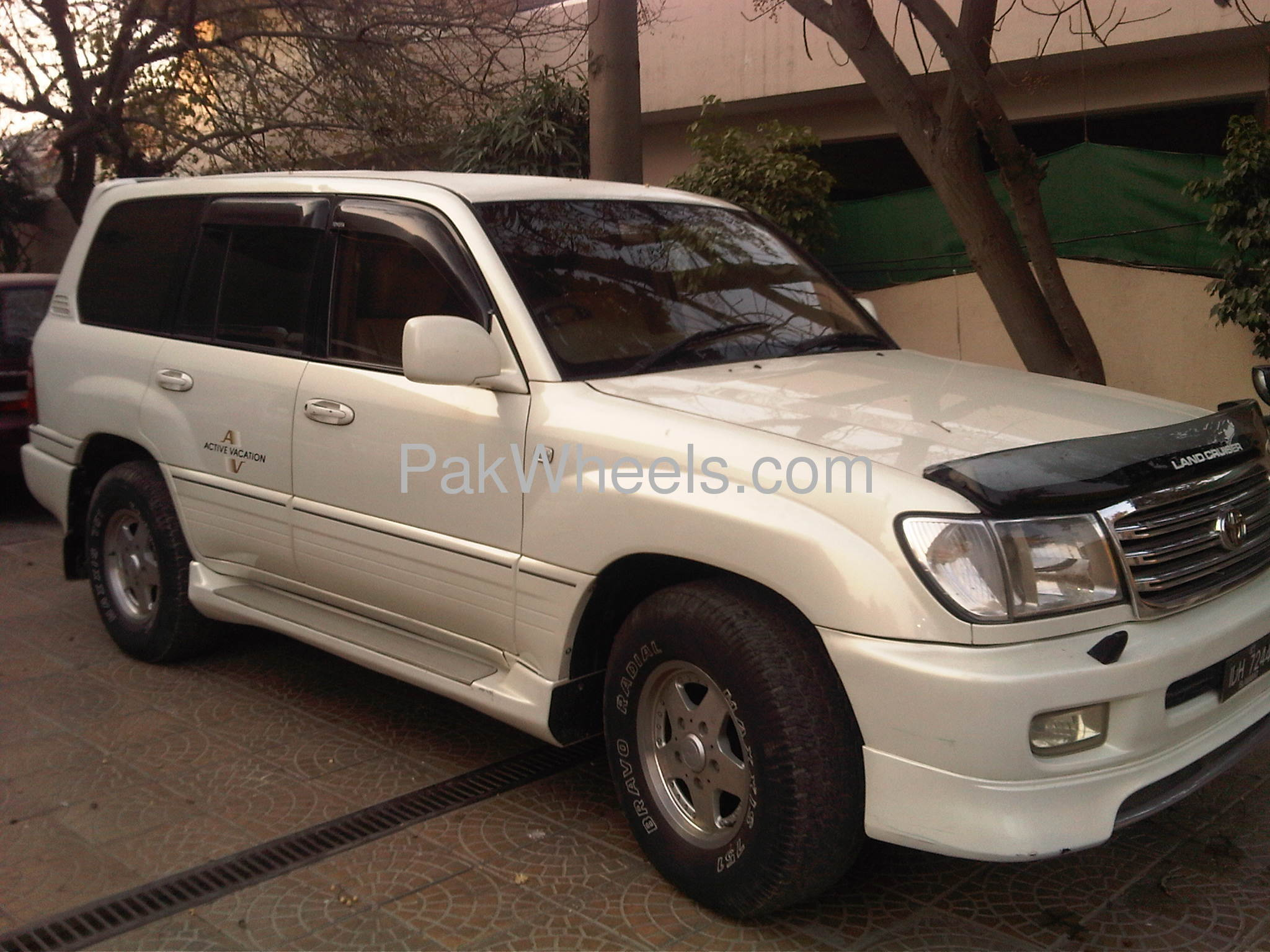 used toyota land cruiser sw vx automatic 1998 car for sale in lahore 340455 pakwheels. Black Bedroom Furniture Sets. Home Design Ideas