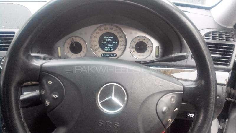 Mercedes Benz E Class E240 2004 Image-8