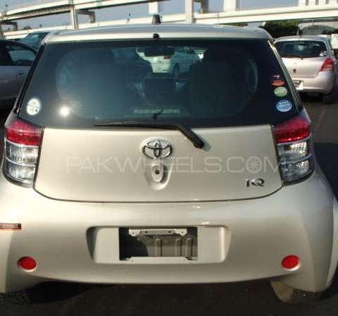 Toyota iQ 2009 Image-2