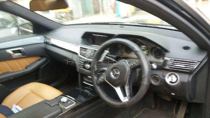 Mercedes Benz E Class E250 2012 Image-2
