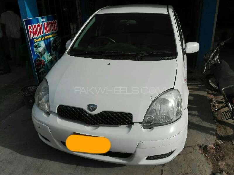 Toyota Vitz B 1.0 2003 Image-1