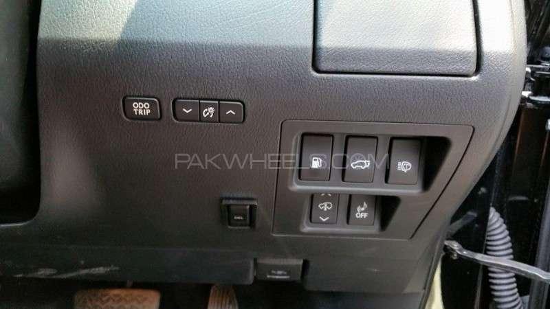 Lexus RX Series 450H 2012 Image-7