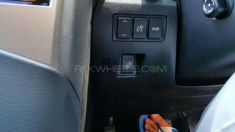 Lexus RX Series 450H 2012 Image-14