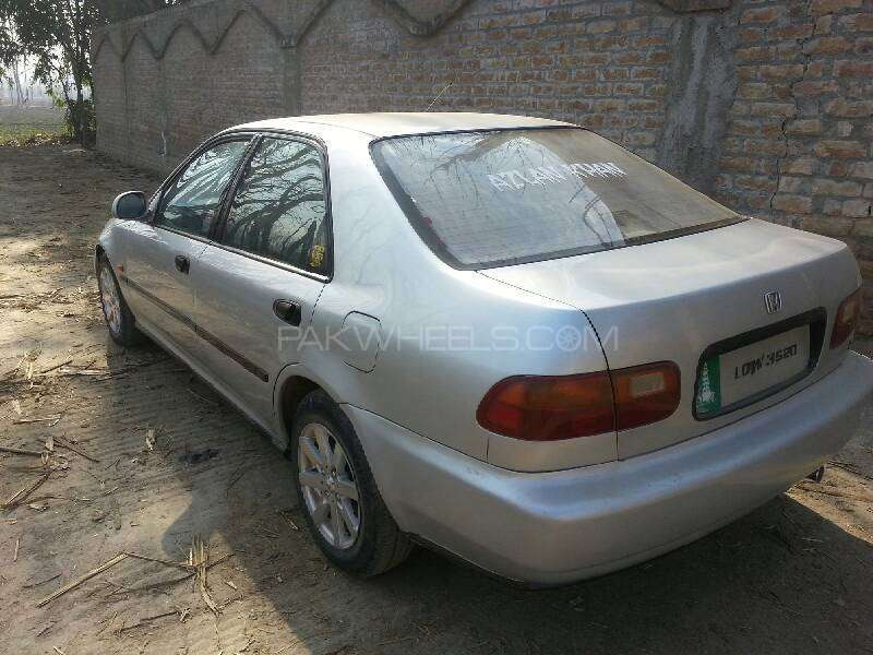 Honda Civic EXi 1995 Image-3