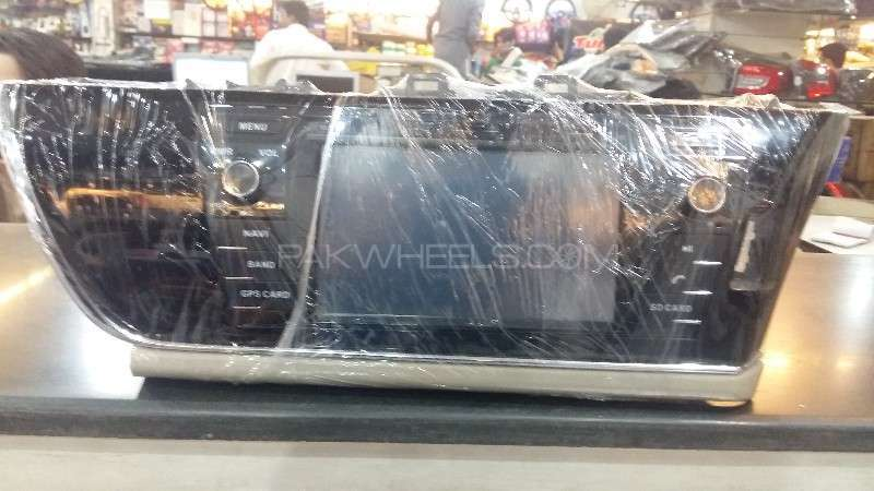 Used DVD Player Corolla 2015  Image-1
