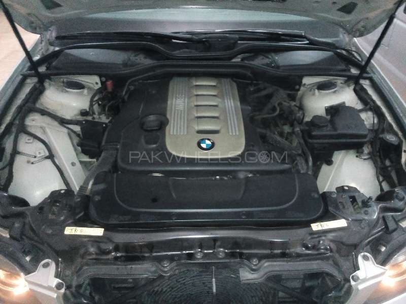 BMW 7 Series 730d 2005 Image-11