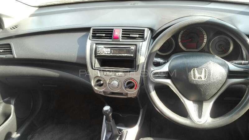 Honda City i-VTEC 2009 Image-4