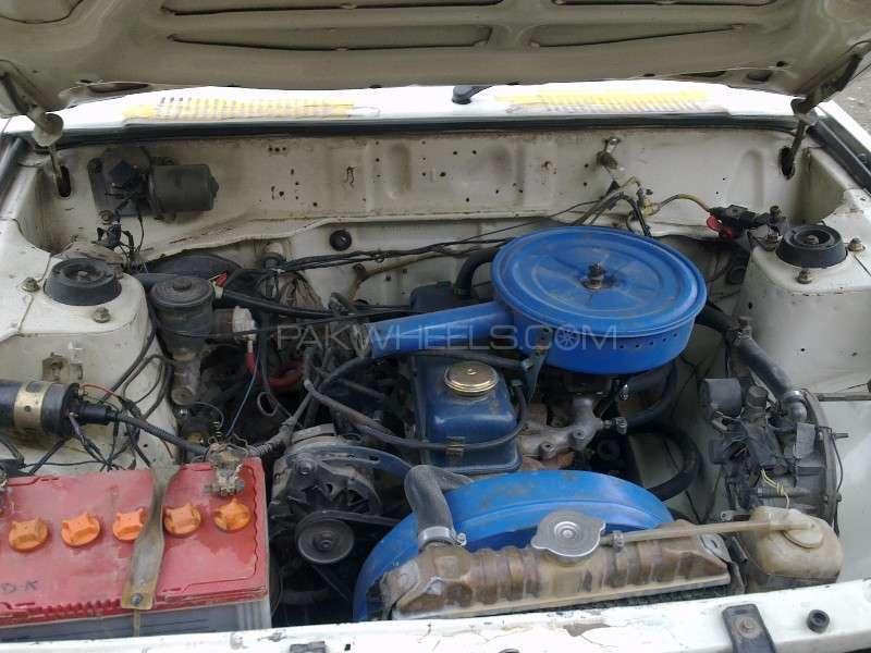 Datsun 120 Y 1981 Image-6