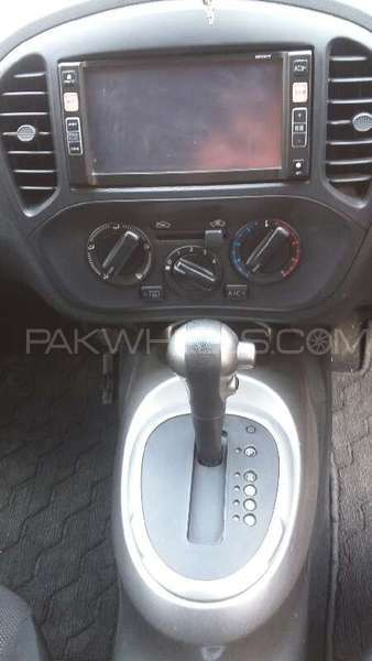 Nissan Juke 15RX Urban Selection 2011 Image-10