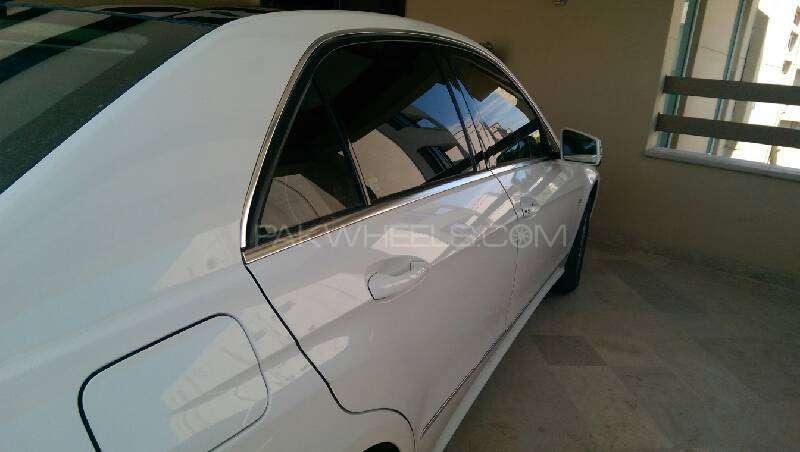 Mercedes Benz E Class E250 2010 Image-3
