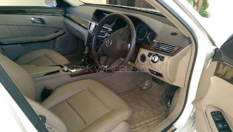 Mercedes Benz E Class E250 2010 Image-5