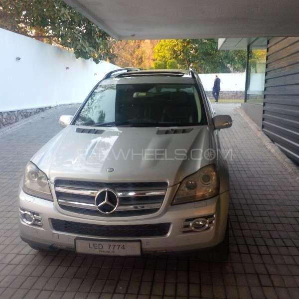 Mercedes benz gl class gl 500 4matic 2007 for sale in for Mercedes benz gl 500 4matic 2010