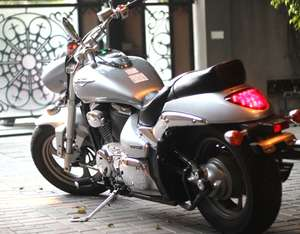Slide_suzuki-intruder-2014-10473766