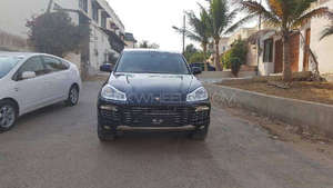 Slide_porsche-cayenne-turbo-3-2009-10521097