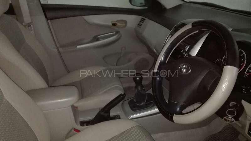 Toyota Corolla XLi VVTi 2011 Image-8