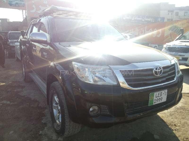 Toyota Hilux D-4D 2012 Image-2