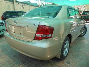 Slide_toyota-corolla-axio-x-hid-limited-1-5-2012-10571553