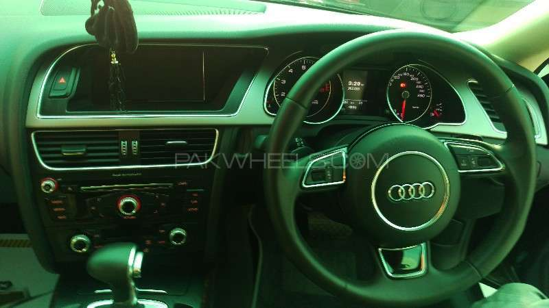 Audi A5 1.8 TFSI 2013 Image-12