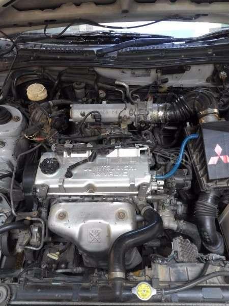 Mitsubishi Galant 1.8 VX 1999 Image-8