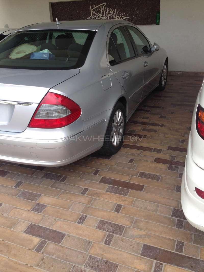 Mercedes Benz E Class E200 2007 Image-11