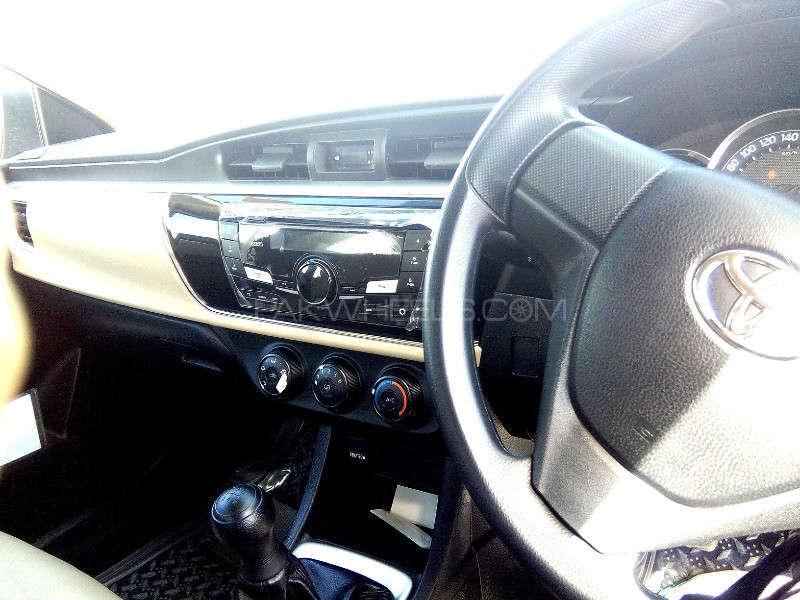 Toyota Corolla GLi 1.3 VVTi 2014 Image-7
