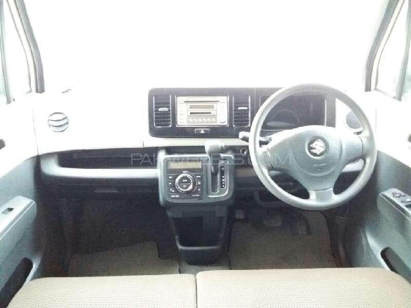 Suzuki MR Wagon X 2012 Image-6