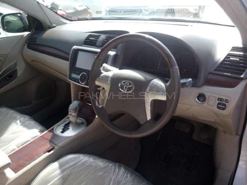 Toyota Premio X 1.8 2012 Image-7