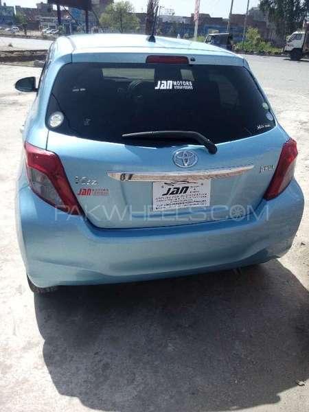Toyota Vitz Jewela 1.0 2012 Image-4