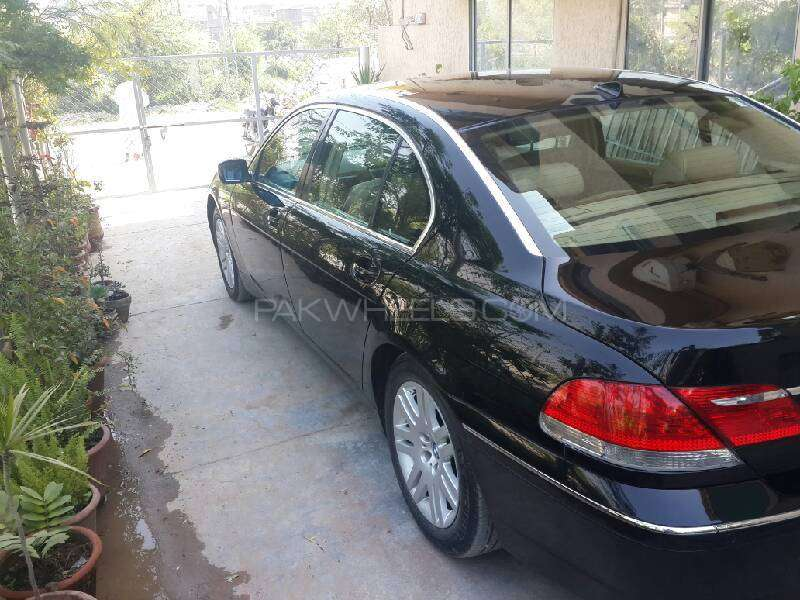 BMW 7 Series 745Li 2004 Image-4