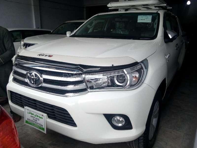 Toyota Hilux Revo G 2.8 2015 Image-2