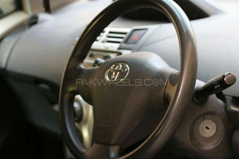 Toyota Vitz B 1.0 2005 Image-6