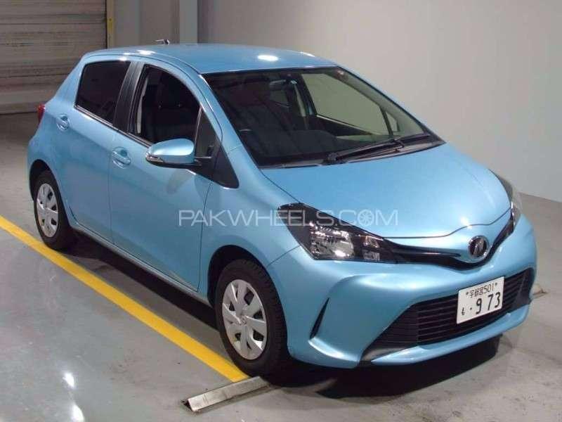Toyota Vitz 2014 Image-2