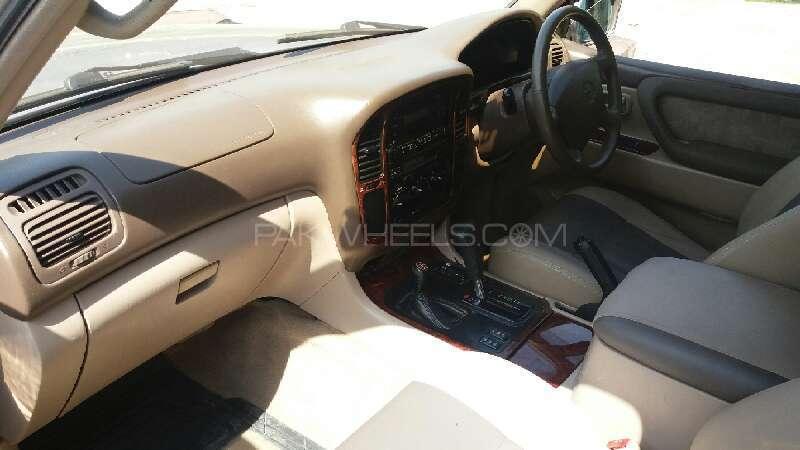 Toyota Land Cruiser VX 4.7 1998 Image-8