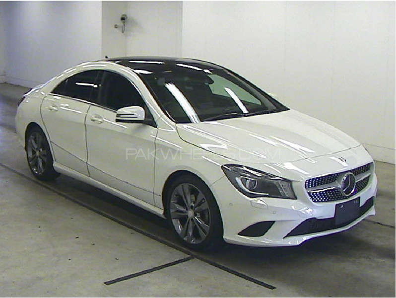 Used mercedes benz cla class cla180 2013 car for sale in for 2013 mercedes benz cla class