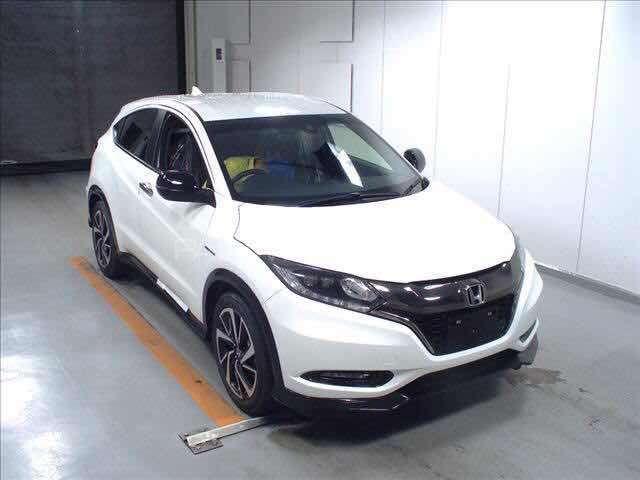 Honda Vezel Hybrid Rs Honda Sensing 2016 For Sale In Lahore Pakwheels