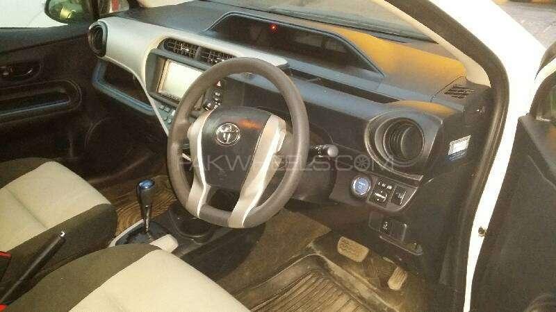 Toyota Aqua G 2013 Image-15