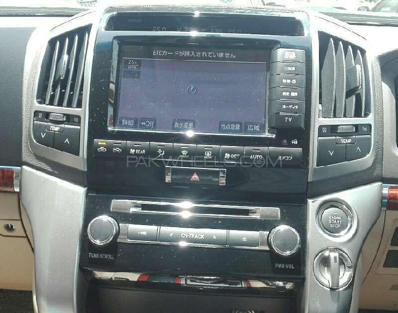 Toyota Land Cruiser AX G Selection 2012 Image-8