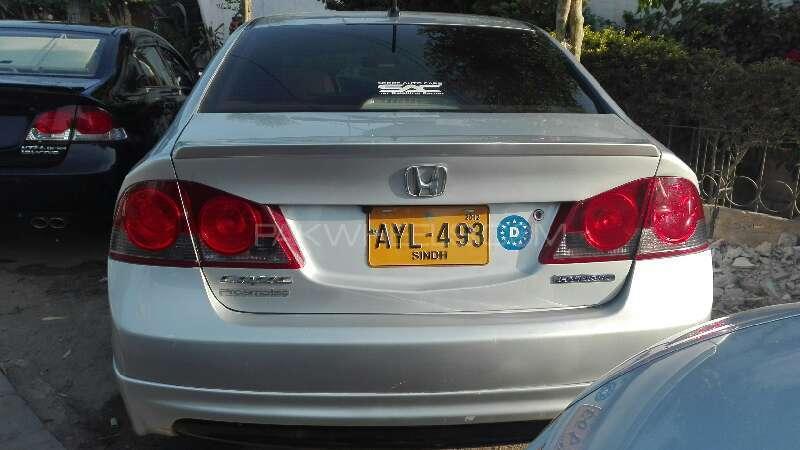 Honda Civic Hybrid 2007 Image-10