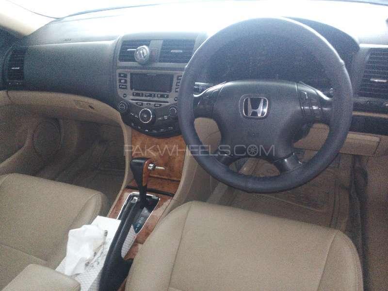 Honda Accord VTi 2.4 2005 Image-6